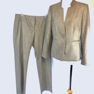 Antonio Melani 2 Piece Pant Suit Career Cocktails
